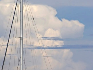 SailboatMast_clouds