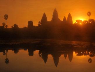 Silouettes_Angkor-Wat