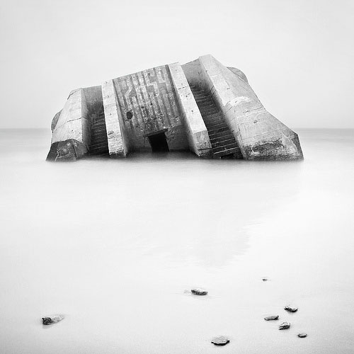 Black and white photo of Wissant Beach in France by Geoffrey Gilson