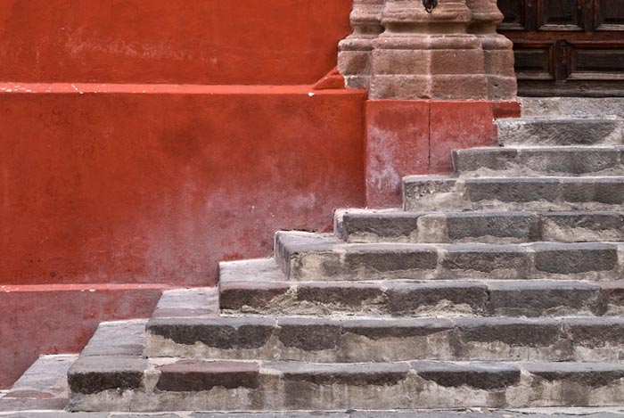 Travel Photography: Photo of steps to building in San Miguel de Allende, Mexico by Randy Romano