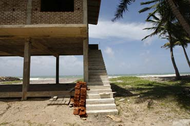Photo of new home onr shores of Sri Lanka by Marielle van Uitert