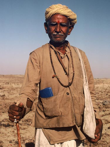 Photo of nomadic goat herder in Rajasthan, India by Ron Veto