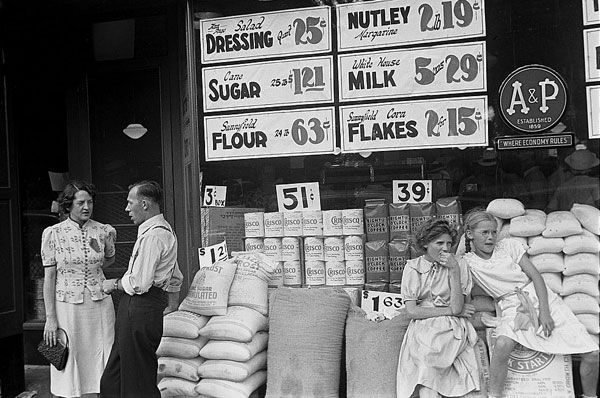 Ben Shahn's Summer 1938 A & P Store in Somerset Ohio photo