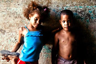 Photo portrait of children in Havana, Cuba by Michelle Wong