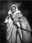 oe6SorianShepherd1955small Time Traveler: José Ortiz Echagüe, A Spanish visionary who focused on the past