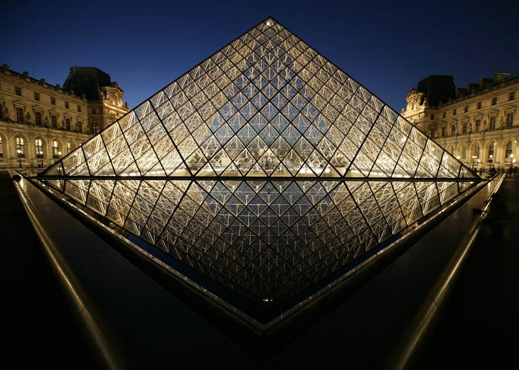 Photo of the Louvre in Paris by Andy Long