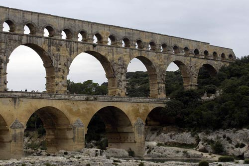 Photo of Pont du Gard Aqueduct by Andy Long