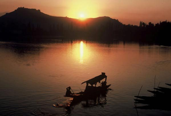 Photo of sunset at Dal Lake, Kashmir, India by Ron Veto