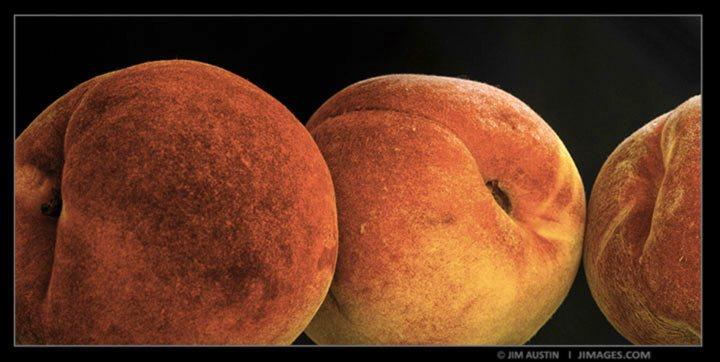 Analogous-Example-Two-Peaches