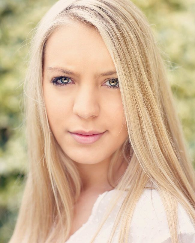 model shoot using high key portraits photography