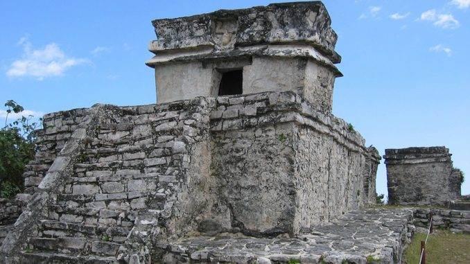 tulum-ruins-yucatan-mexico