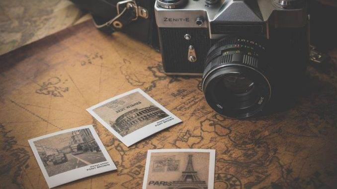 how-to-make-money-from-your-travel-photographs2