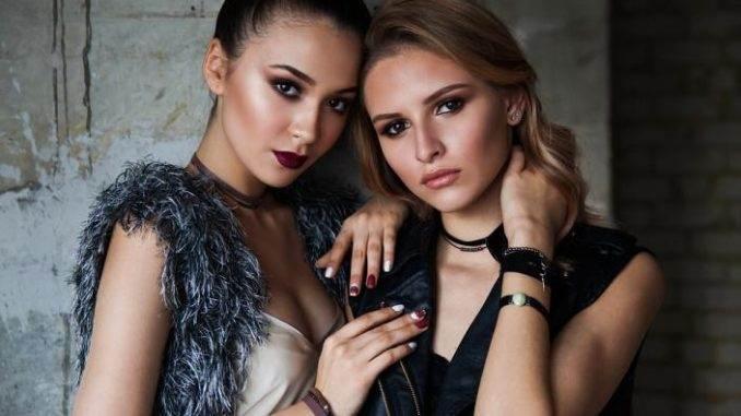 models posing - Fashion Photography Tips