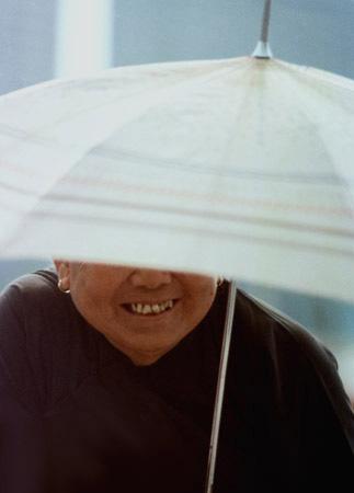 Photo of woman in Hong Kong by Ron Veto