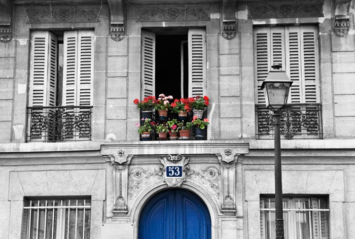 Photo of entrance and windows in Paris, France by Randy Romano