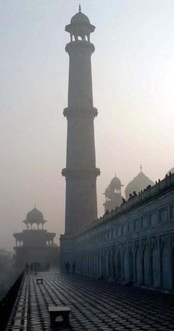 Photo of wall, domes and tower at the Taj Mahal by Rick Clark