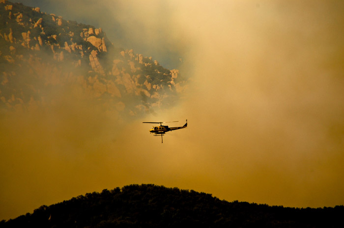 Photo of helicopter and smoke from Jesusita Wildfire in Santa Barbara by Michelle Wong