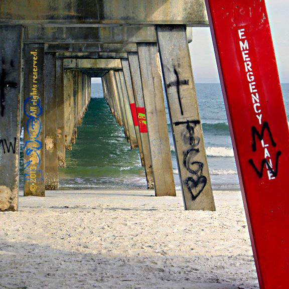 Gestalt Theory - under the boardwalk