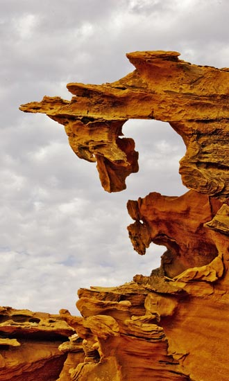 Photo of rock formations at Little Finland in the Nevada desert by Bob Hitchman