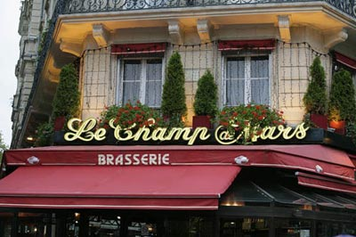 Photo of a brasserie shop in Paris by Andy Long