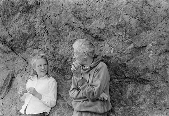 """American Masters – Dorothea Lange: Grab a Hunk of Lightning"" filmmaker and narrator Dyanna Taylor (left) with her grandmother Dorothea Lange, 1963. Photo Credit: Paul S. Taylor"