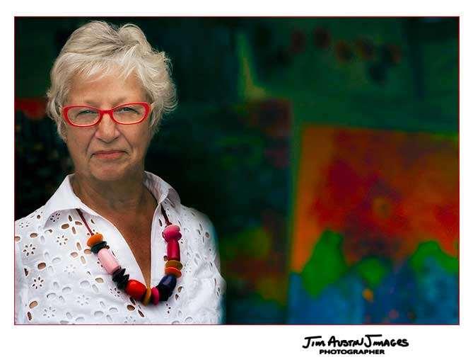 Portrait-Susan-Jardine-Artist-Painter-Jim-Austin-Jimages
